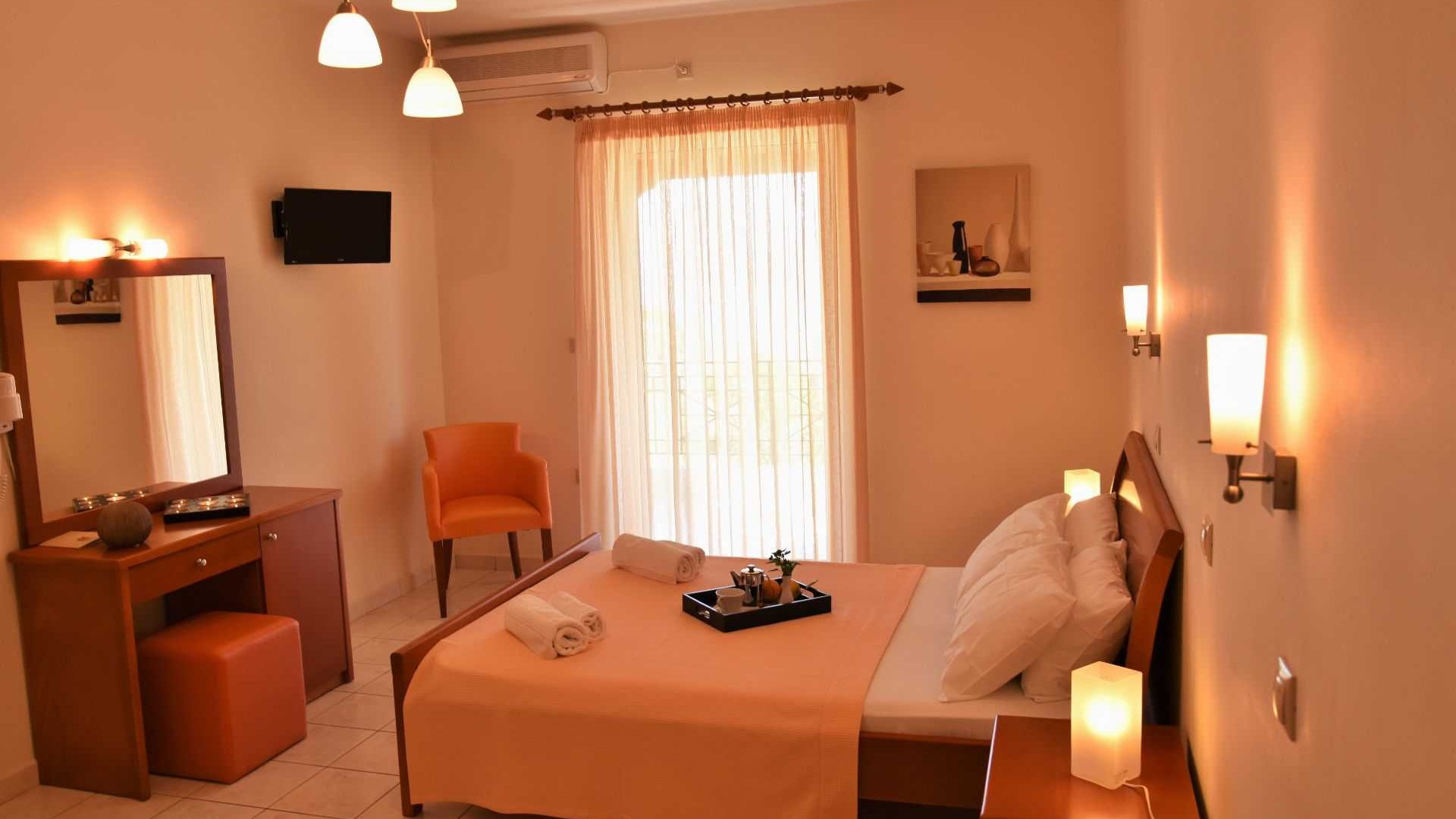 Rooms and Studios, Tyros, Peloponnese